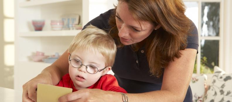ดาวน์ซินโดรม (down syndrome) รู้ก่อนได้ เพื่อเตรียมพร้อมการดูแล